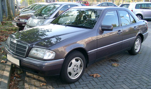Mercedes_w202_front_20071022